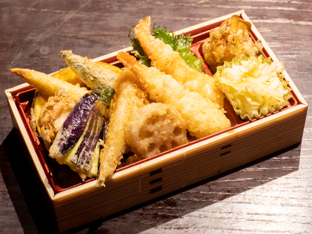祇園 晩餐 天ぷらの天丼